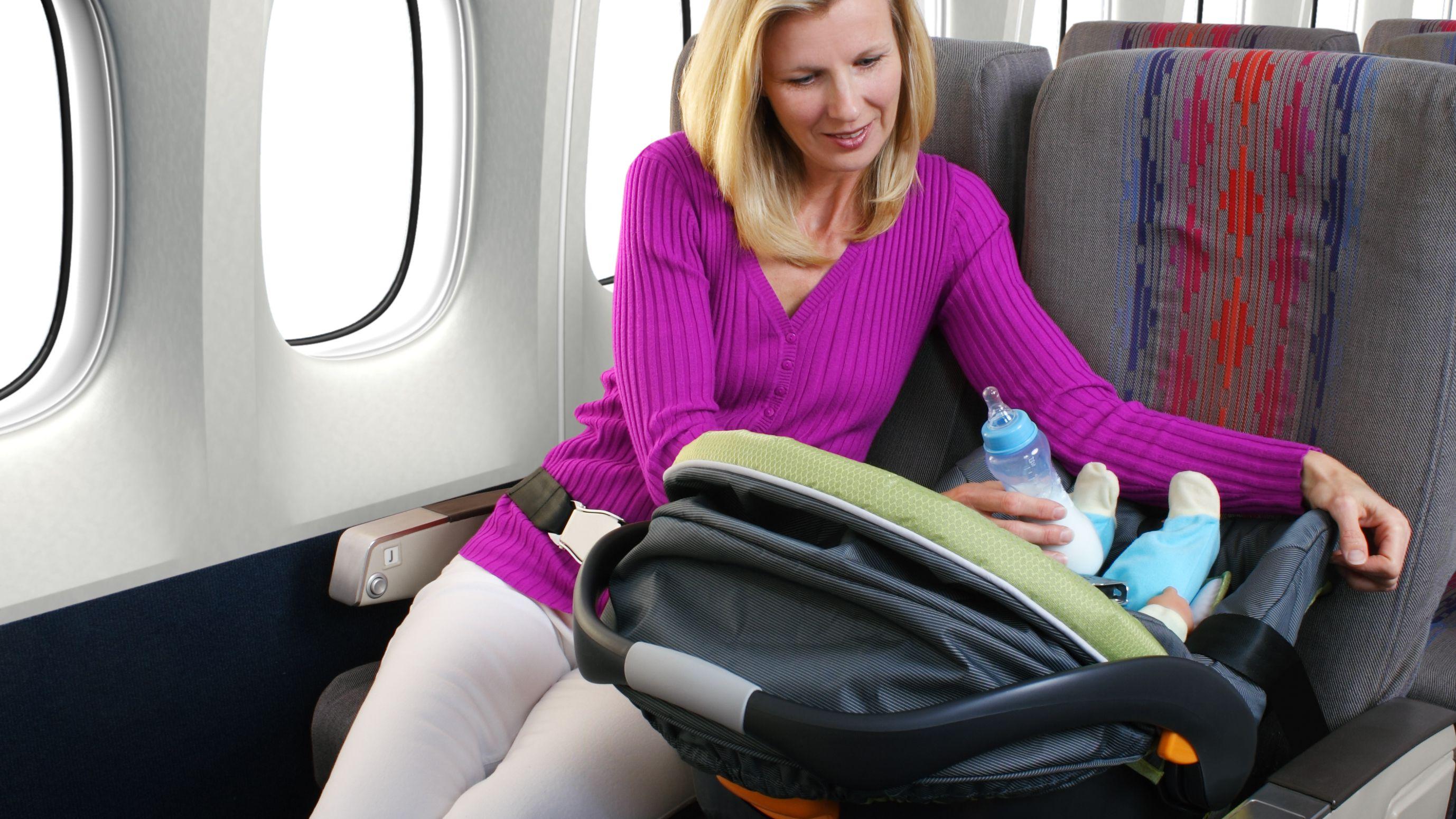 Trẻ sơ sinh dưới 2 tuổi được miễn cước 10kg hành lý ký gửi