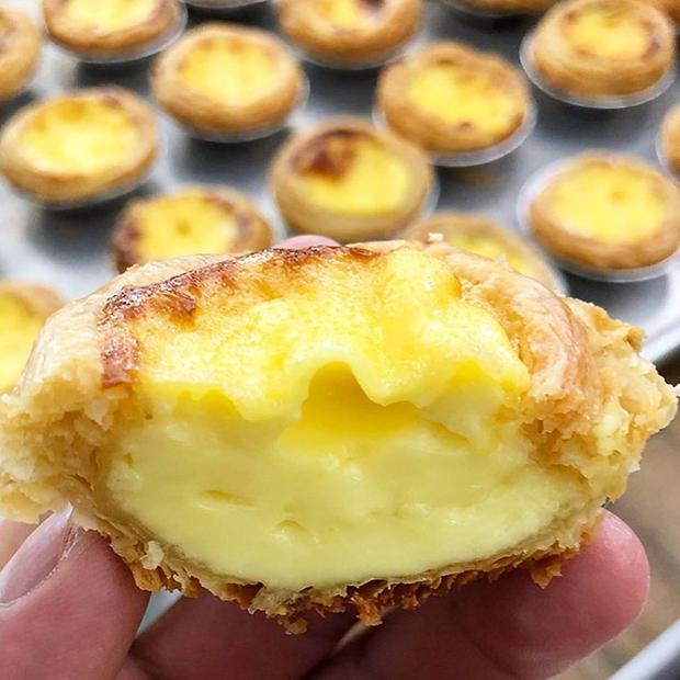 Vẻ ngoài hấp dẫn khó chối từ của món bánh trứng hấp vùng Kota Kinabalu