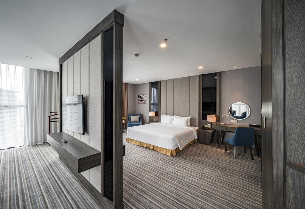 Phòng royal Khách sạn mường thanh luxury sài gòn