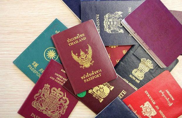 Có đầy đủ giấy tờ xuất cảnh theo quy định của Singapore và Việt Nam